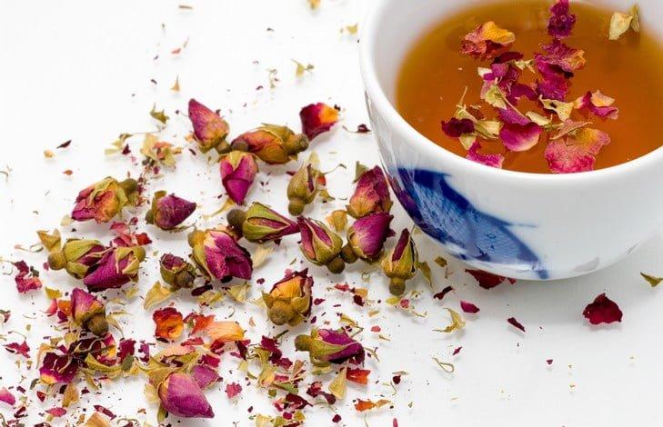 Чай с ароматизаторами – какими бывают добавки?